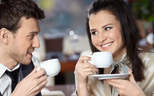 ¿Para qué sirve consumir café por las mañanas?