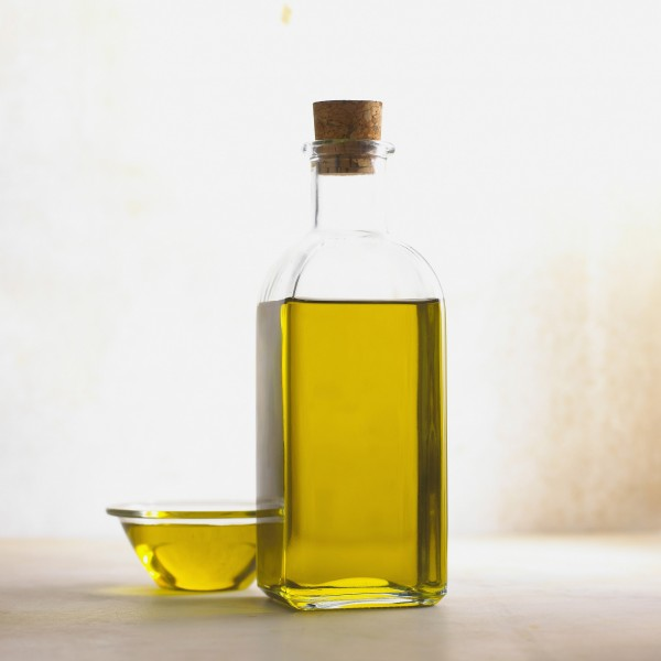 ¿Para qué sirve el aceite de ricino y cuáles son sus usos?