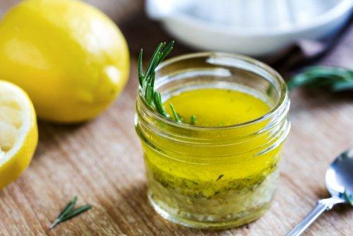 ¿Para que sirve el aceite de oliva con jugo de limón?