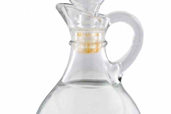 ¿Para qué nos sirve el vinagre blanco?