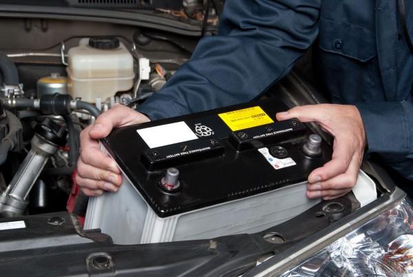 ¿Para qué sirve la Batería de un Auto?