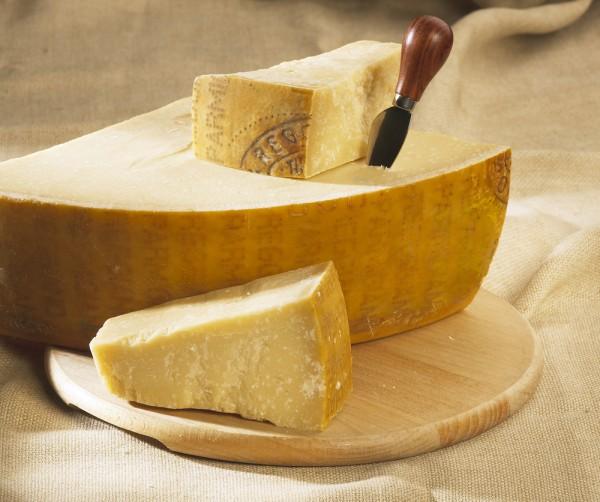 ¿Para qué sirve el queso parmesano y cuáles son sus propiedades?