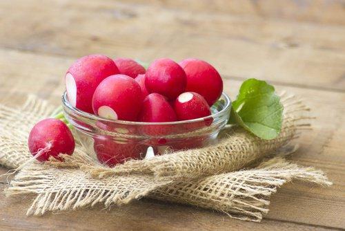 Para que sirven los rábanos y Que aportan a nuestro organismo
