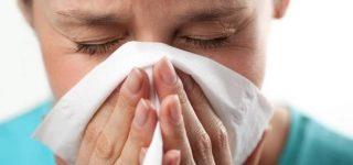 Para que sirve estornudar
